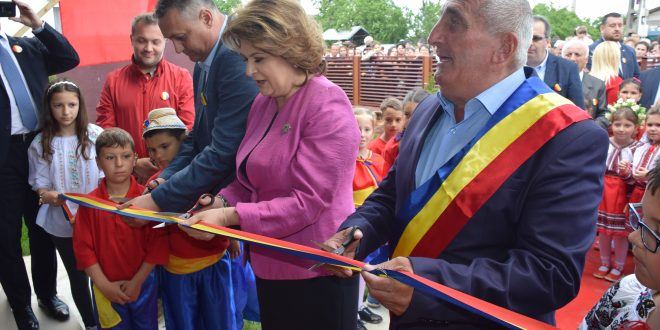 Conducerea Consiliului Judetean Dambovita continua seria vizitelor de lucru la obiectivele de investitii din judet